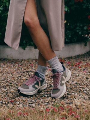 Blauwehand1652 duurzame conceptstore - Veja Venturi suede kaki sable Oxford grey